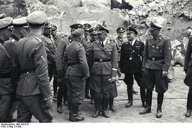 Mauthausen,_Besuch_Heinrich_Himmler