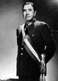 Pinochet_foto_oficial