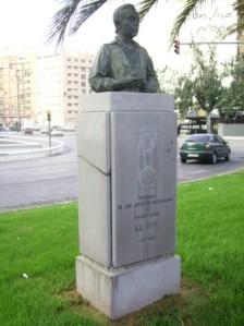 titi estatua