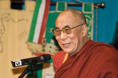 Dalai_Lama_1430_Luca_Galuzzi_2007