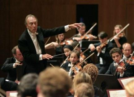 Abbado, impulsor de l'Orquesta Juvenil Bolivariana i Dudamel.