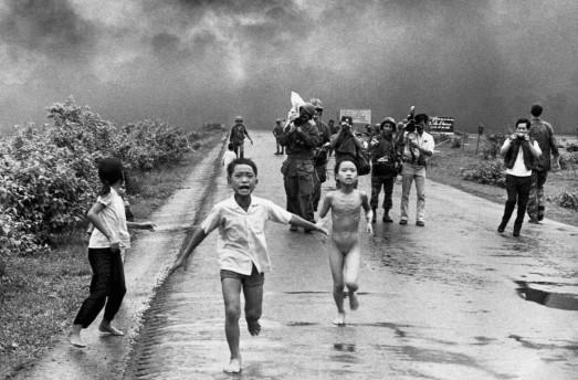 vietnam - xiquets nus plorant.jpg 2