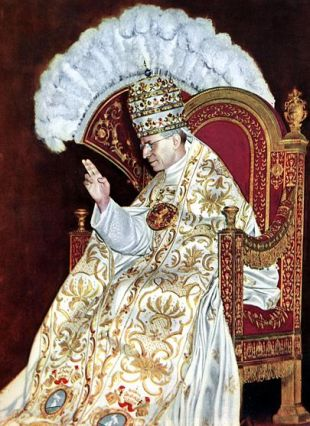 Pius_XII.,_Krönung_1939JS