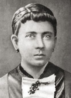 mare de Hitler, Klara Pölzl.