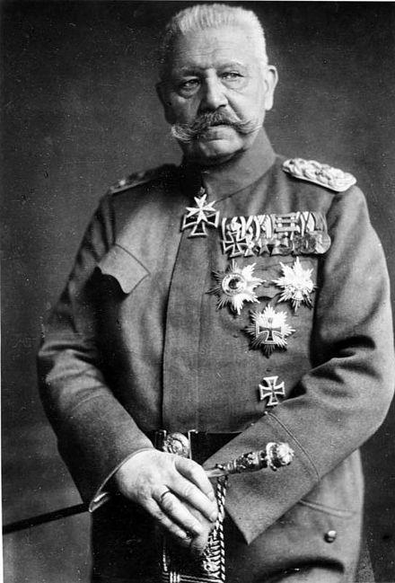Hindenburg como mariscal de campo.