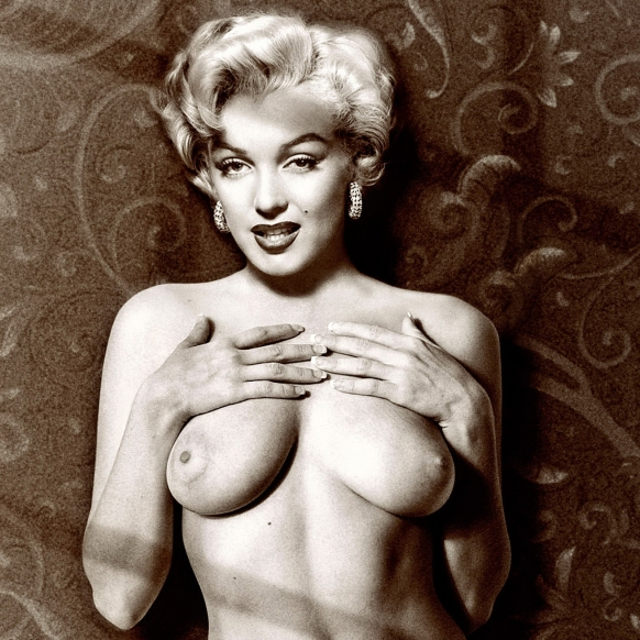 Marilyn Monroe young nice nude photo UHQ.jpg