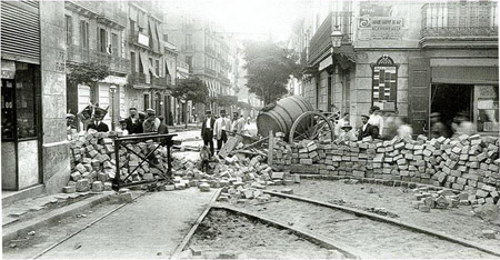 barricada_barcelona