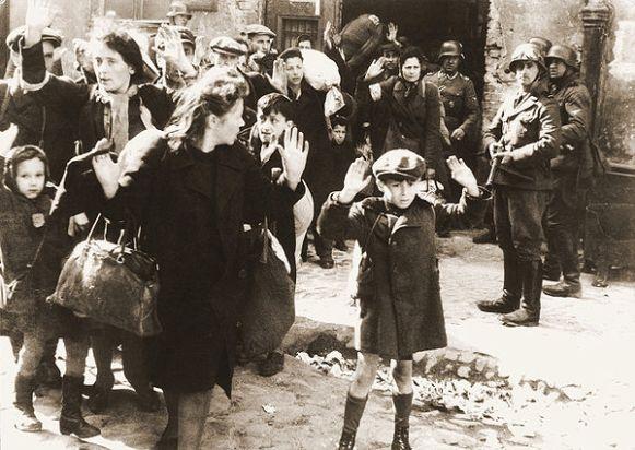 Warsaw_Ghetto_Uprising_06b